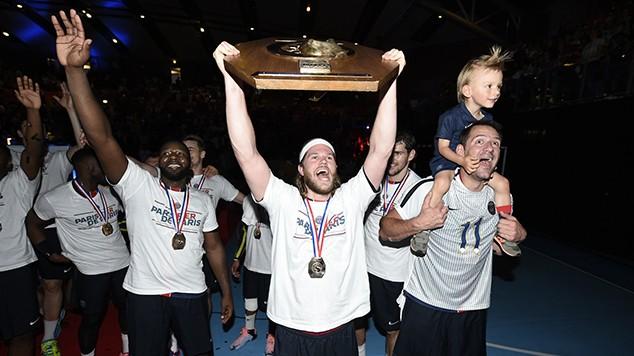 Şampiyon PSG