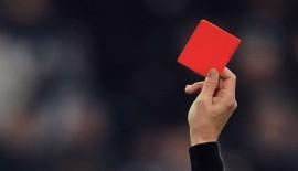 Türk Hakemlerden 20 saniyede iki kırmızı kart