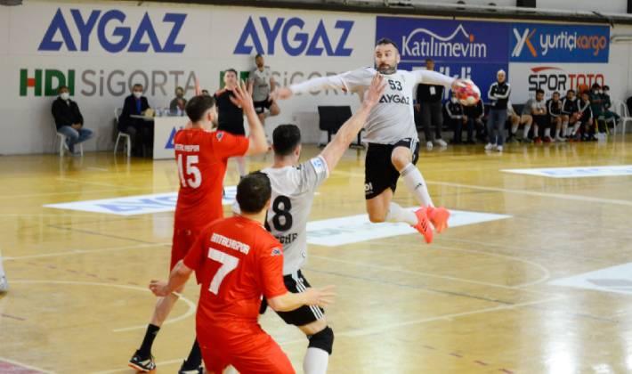 Beşiktaş Aygaz'dan beklenen açıklama