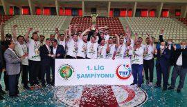1. Ligin şampiyonu Eskişehir Ormanspor