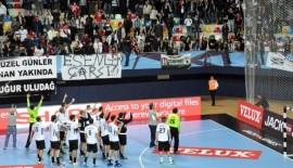 Beşiktaş Mogaz,  Kayseri'den şen dönüyor