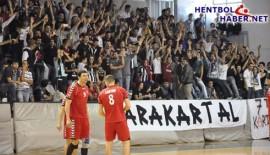 Beşiktaş'lı Hentbolcular, Taraftarı İle Buluşuyor