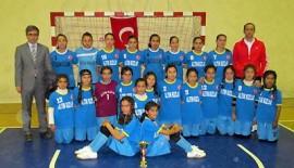 Kahramanmaraş'ın Yıldız Okullu Kızlarda Şampiyonu…